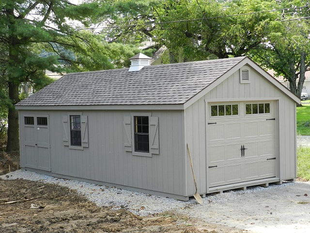14x28 Colonial Aframe - Carriage Garage Door - Transoms in Door